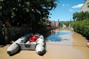 Povodeň v Zdobe prišla veľmi rýchlo. Ľudia stihli zachrániť len sami seba. Niektoré domy boli pod vodou až po strechu.