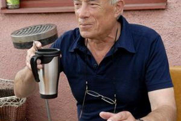Alkoholu dal zbohom, teraz je z neho kávičkár.