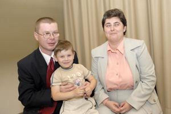 Búrikovci. Práve ich štyriapolročnému Matúškovi bude venovaná finančná pomoc.