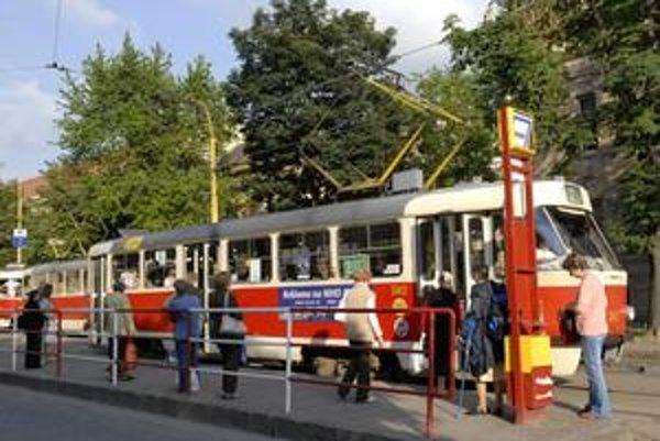 Doprava v Bratislave sa opäť dostane do normálu. ILUSTRAČNÉ FOTO