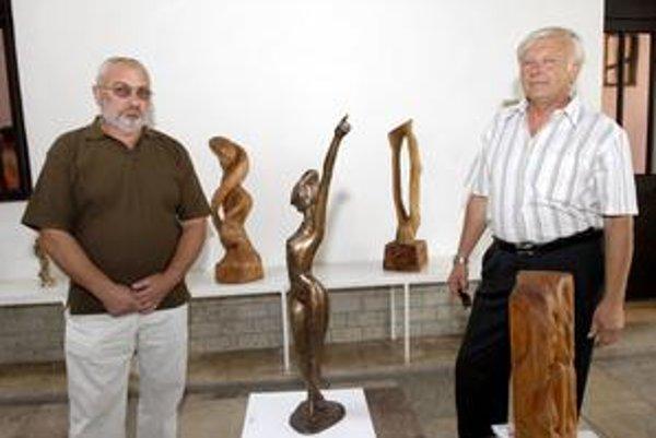 Kolegovia. Tvorbu Ladislava Staňa (vľavo) a Jánosa Lukácsa si stihnete pozrieť do 18. októbra.