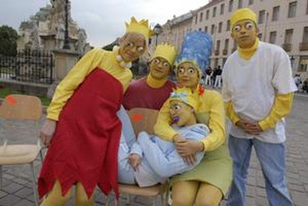 Na jednom z predošlých ročníkov stvárnili študenti gymnázia aj rodinu Simpsonovcov.