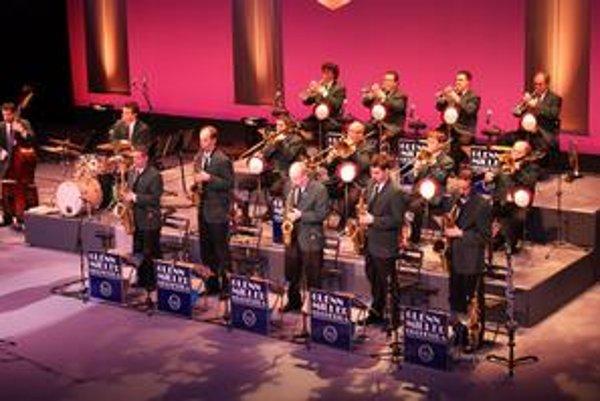 Swingový večer. Svetoznámy orchester príde do Košíc už v novembri.