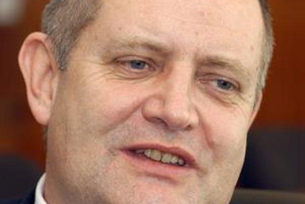 František Olejník (Smer-SD). Poslanec chýba najčastejšie zo všetkých.