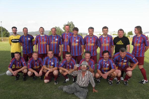Domáci víťazný tím z Hornej Stredy