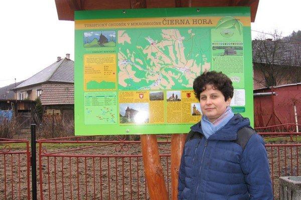Starostka obce Brežany Mária Gumanová hovorí, že budúcnosť obce vidia predovšetkým v turistickom ruchu. Cyklotrasy a náučné chodníky by privítali v celom mikroregióne Čierna hora.