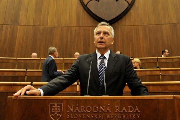 Figeľ sa chce obrátiť na ukrajinské ministerstvo zahraničných vecí.