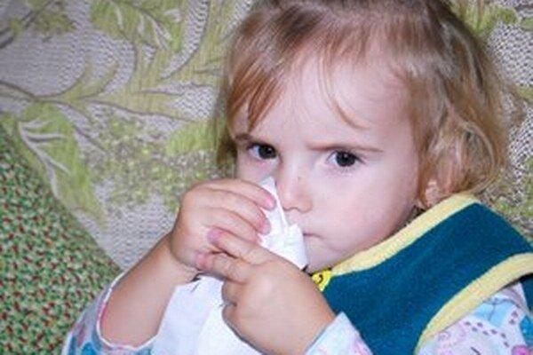 Choré sú najmä malé deti.