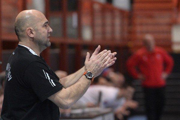 Peter Dávid. Tréner Prešova má debut v Skopje ešte v živej pamäti.