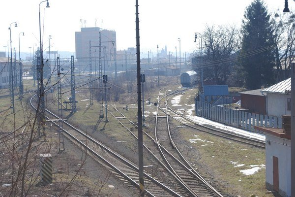 Železničná doprava. Prijali úpravy v regionálnej i prímestskej doprave.