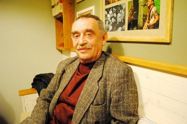 Novinár Mykola Petrovič Košuta je skeptický.