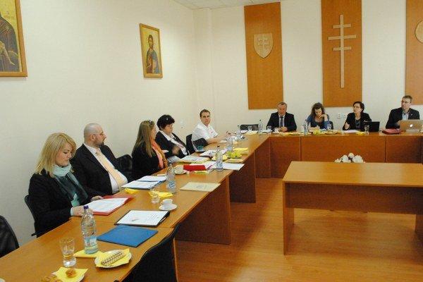 Rozprava. Odborníci sa zišli na univerzitnej pôde v Prešove.