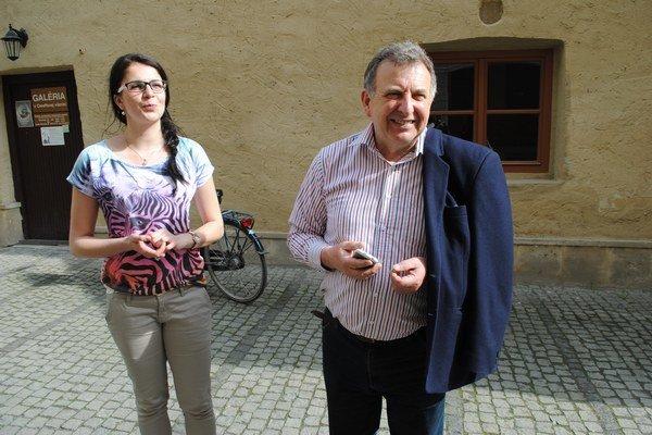 Prešovčatá. Ivana Sovičová z poslednej generácie a zakladateľ Bernard Herstek.