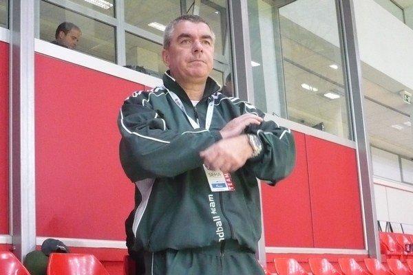 Majiteľ klubu. M. Chmeliar tvrdí, že trénerská otázka je stále otvorená.