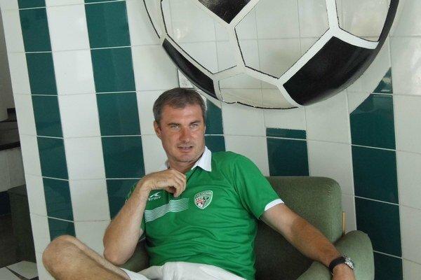 Tréner Stanislav Varga pripravoval mladíkov na seniorský futbal.