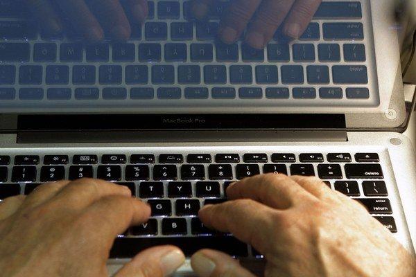 Záujmy sa v zahraničnej politike presadzujú aj kybernetickými metódami.