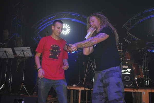 Krst CD. Kmotrom bol jeden z najväčších fanúšikov.