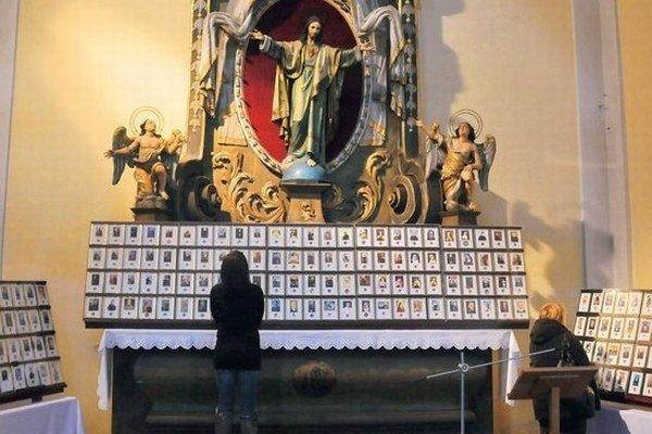 Relikvie v kostole sv. Jozefa. Za rok pribudlo 75 ostatkov svätých a blahoslavených.