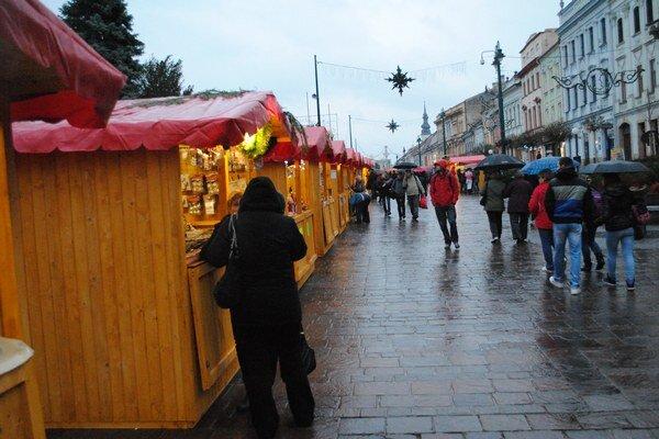 Vianočné trhy. Snímka je z minulého roku, tohoročné prípravy sa už začali.