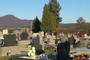 Hlavný cintorín. Vedenie mesta ho chce rozšíriť.