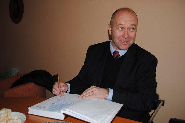 Juraj Siváček. Na misiu do Kyjeva odchádza o dva týždne.