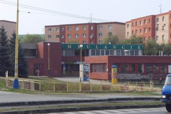Stredisko Dubník. V objekte mesto predá 13 prevádzok, polícia ostane v mestských priestoroch.