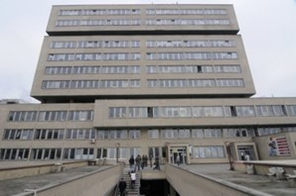 Lekári prešovskej nemocnice urobili podľa Úradu pre dohľad nad zdravotnou starostlivosťou chybu.