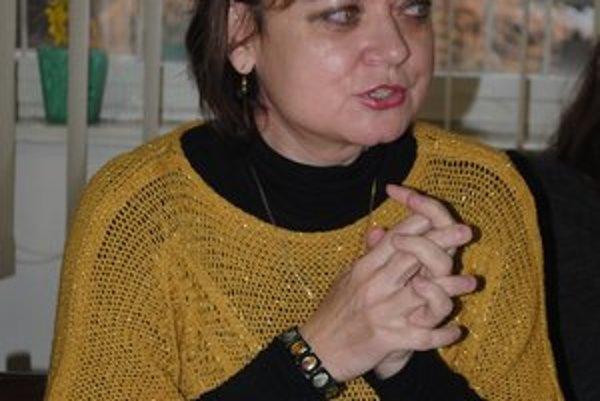 Režisérka Jana Truščinská–Sivá. Táto hra bola jej prvou skúsenosťou s divadlom.