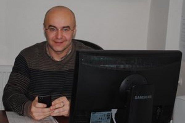 Branko Benko. Generálny manažér Tatrana okrem iného dolaďoval februárovú termínovú listinu.