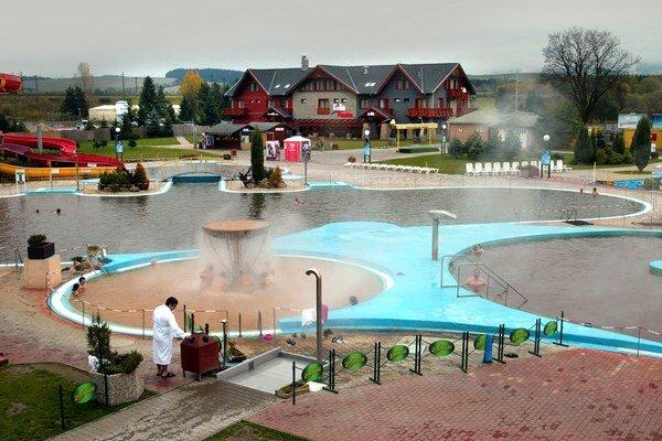 Jeden z najznámejších slovenských akvaparkov je v Bešeňovej.