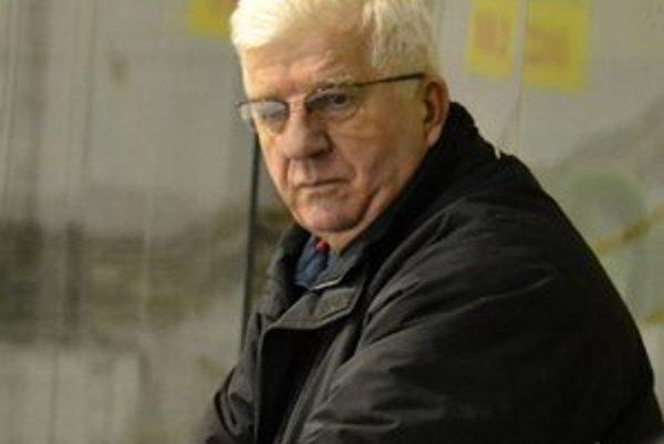 Ján Faith. Tréner prešovských hokejistov verí, že maródi sa dajú pred play-off zdravotne do poriadku.