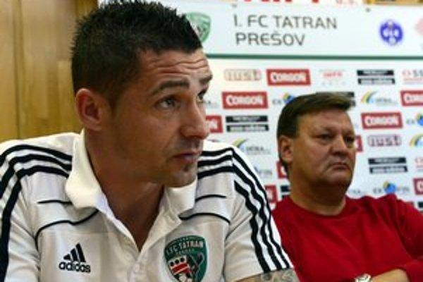 Kapitán Tatrana Peter Petráš (vľavo) a tréner Ladislav Totkovič.