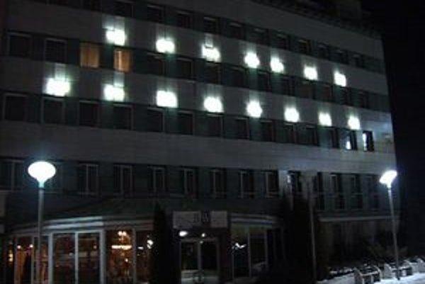 Prešovský hotel. Tu sa mladý muž pokúsil o odchod z tohto sveta.