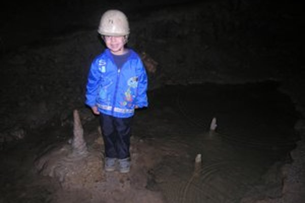 Zlá diera. Výlet do tejto jaskyne čaká jednu zo škôl.