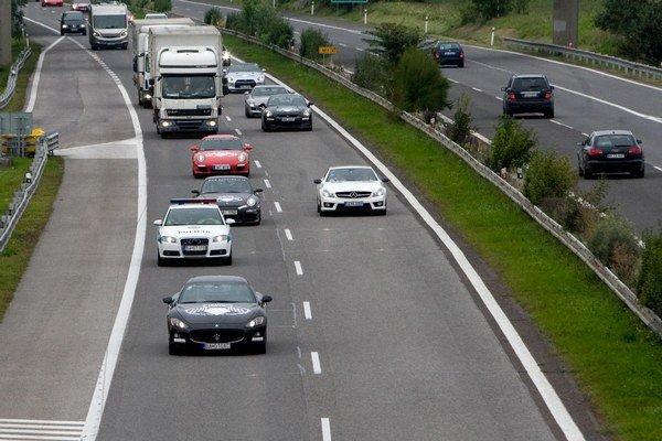 Časť diaľnice D2 nemá byť spoplatnená.
