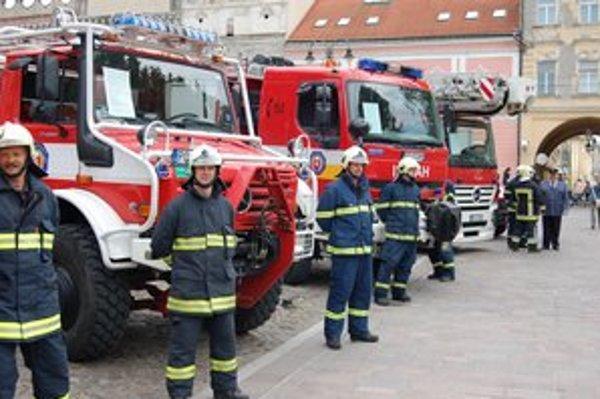 Takýchto výjazdov majú prešovskí hasiči asi tak desať za rok.