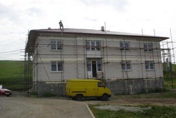 Bytovka. V obci pribudne šesť nových bytov.