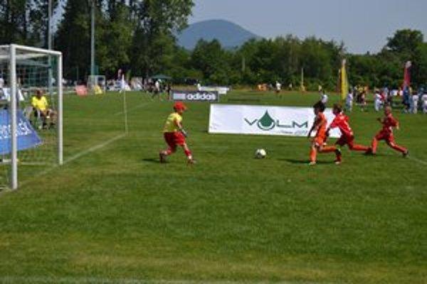 Budúce futbalové nádeje. Od včera zápolia na turnaji Fragaria Cup.