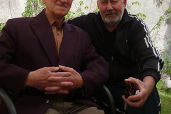 Jubilant a funkcionár. Š. Múdry (vľavo) dlhé roky spolupracoval aj s P. Strakom.