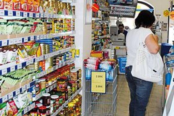 V obchode ľuďom chýbajú slovenské výrobky.