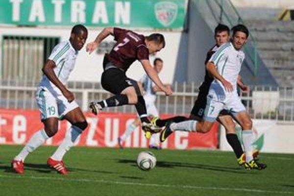 Strelec druhého gólu Mariano Bernardo (vľavo).
