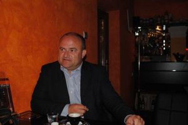 Minister práce, sociálnych vecí a rodiny. Jozef Mihál prednášal Prešovčanom o zmenách v Zákonníku práce.
