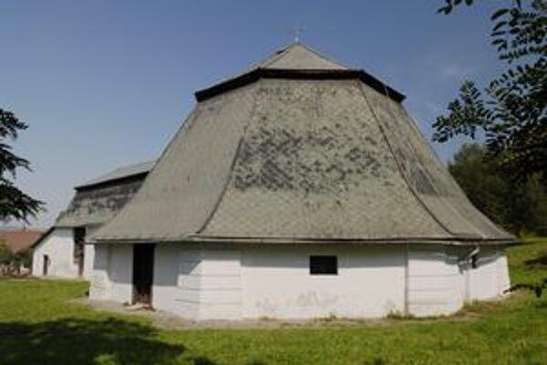 Solivar. Z historických objektov je múzeum.