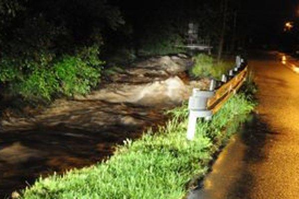 Život vodiča tragicky vyhasol po nehode v rozvodnenom potoku Šebastovka.