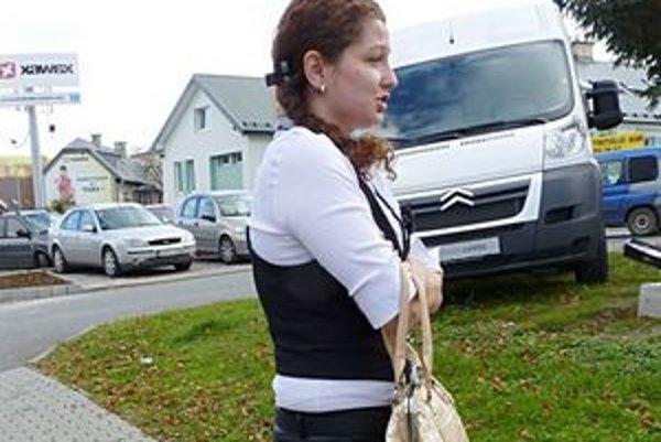 Mladá učiteľka. Incident s agresívnou matkou ju šokoval.