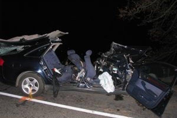 Nehoda si vyžiadal životy troch mladých mužov.