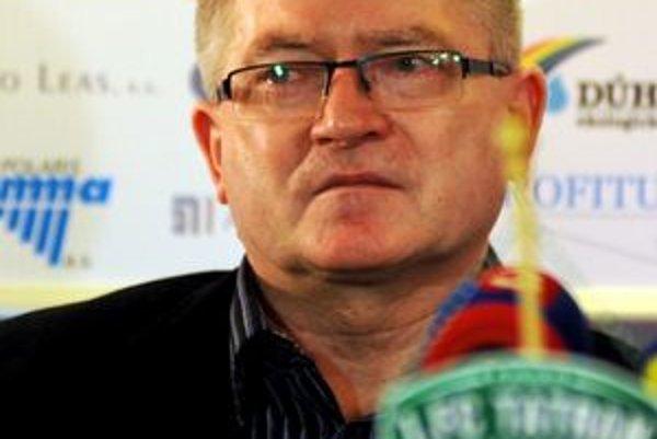 Jozef Petrik reaguje na policajné obvinenia odmietavo.
