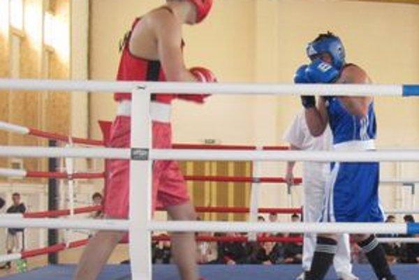 Súboje v ringu Stropkovčanov lákali.