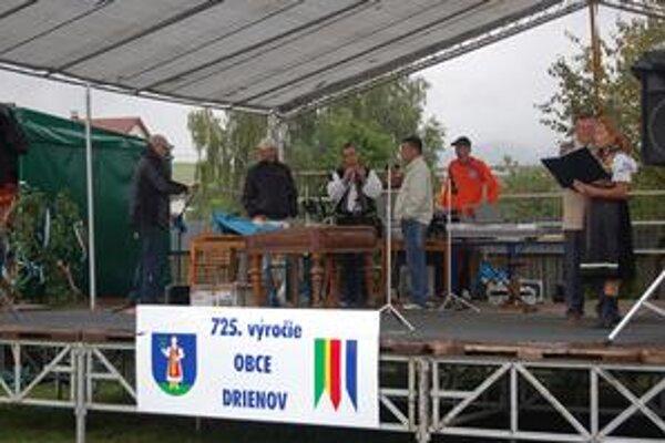 Kultúrny program. Obec slávila 725. výročie prvej písomnej zmienky.