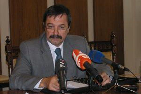 Emil Chlapeček. Riaditeľ PKO.